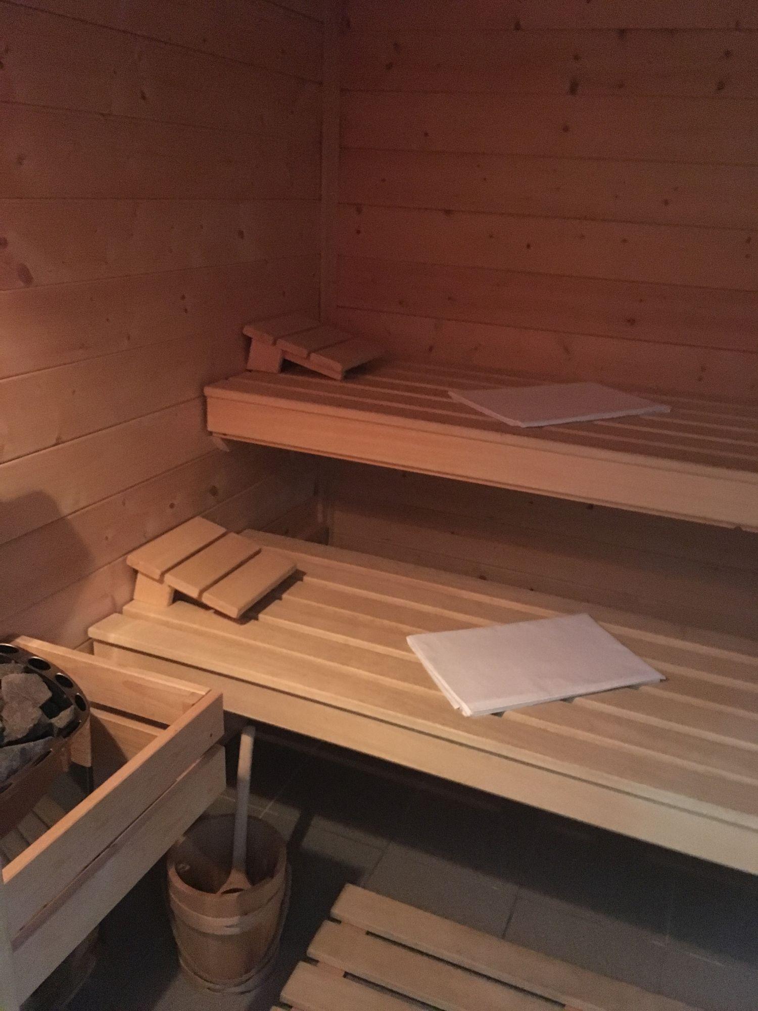 sauna_in_2